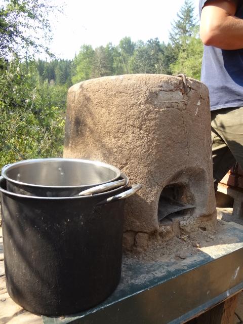 Rocket stove: the Oaxaca One-Pot